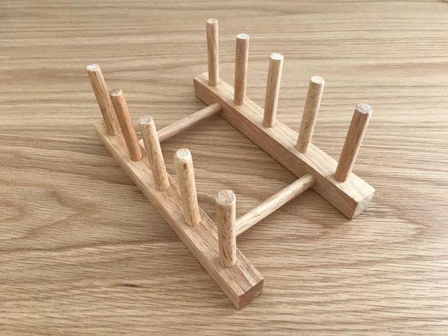 ダイソーの木製お皿立て