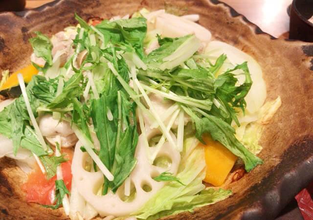 大戸屋の野菜と豚の蒸し煮定食
